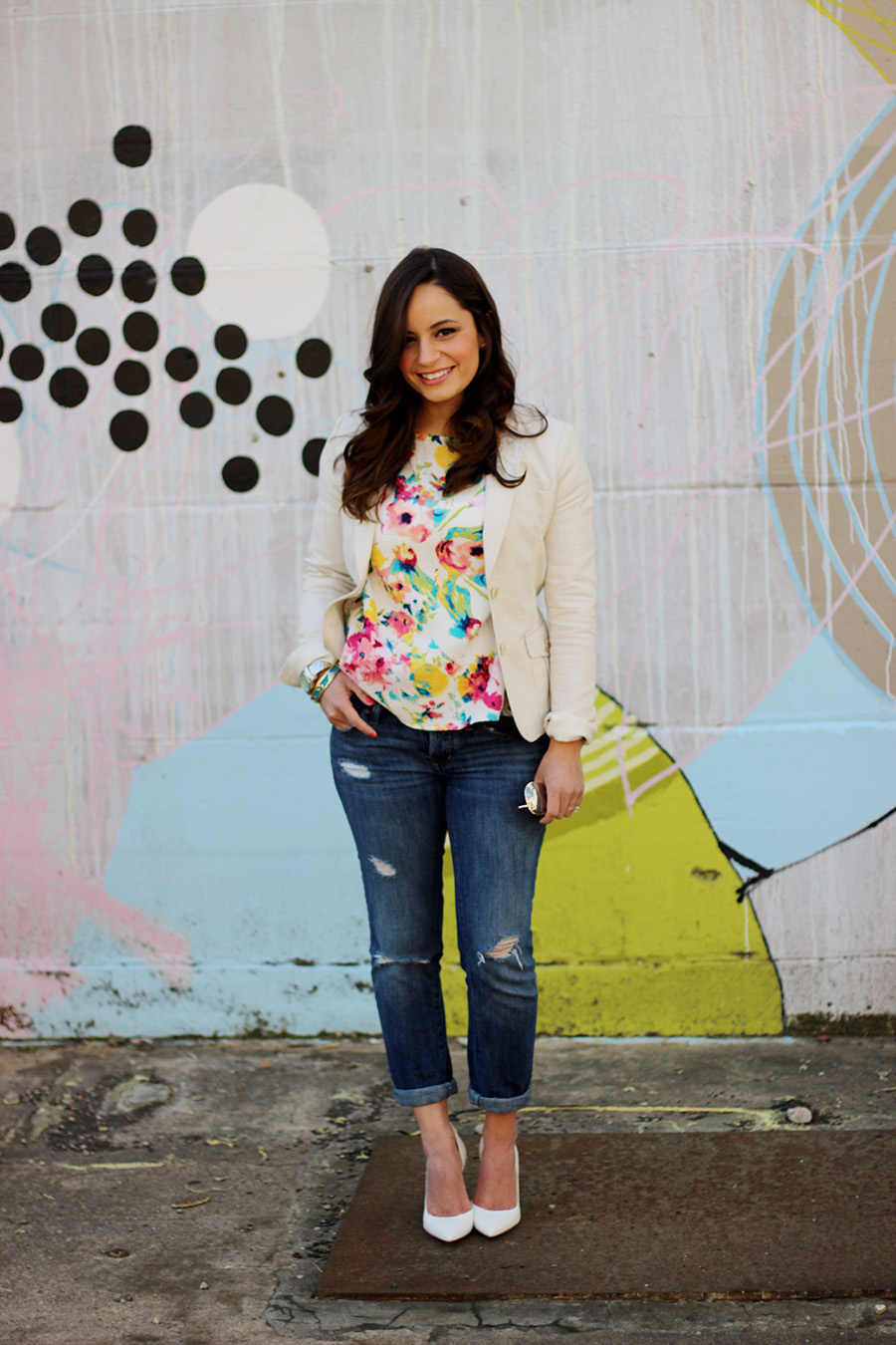 Spring Outfit Boyfriend Jeans Floral Top