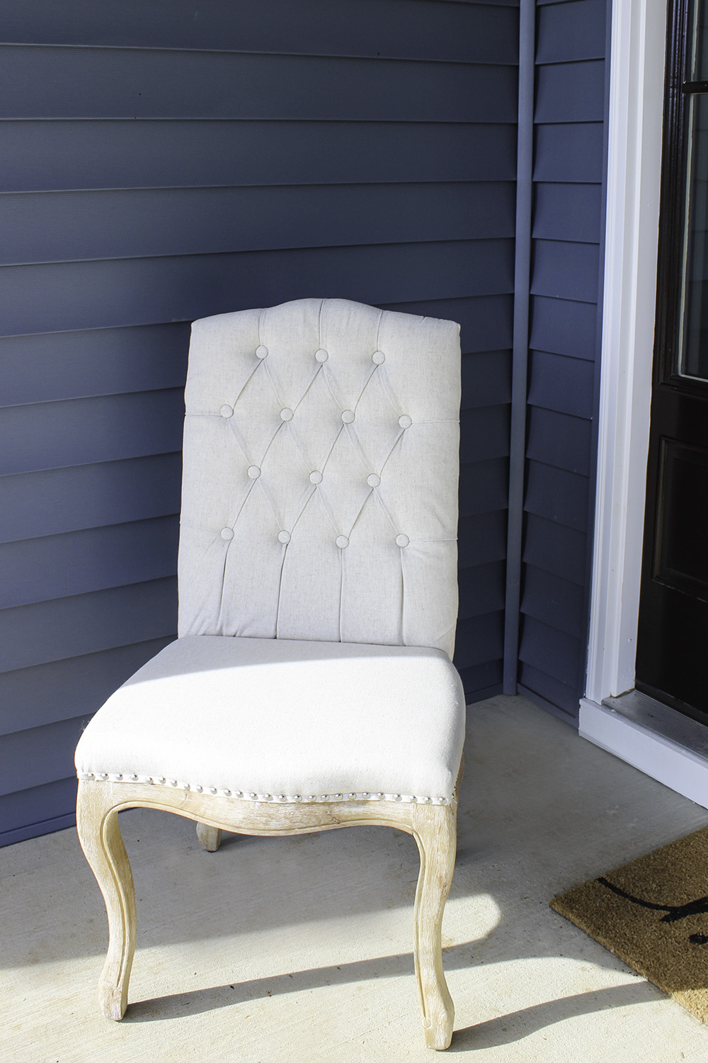 How to keep your white furniture white with scotchgard