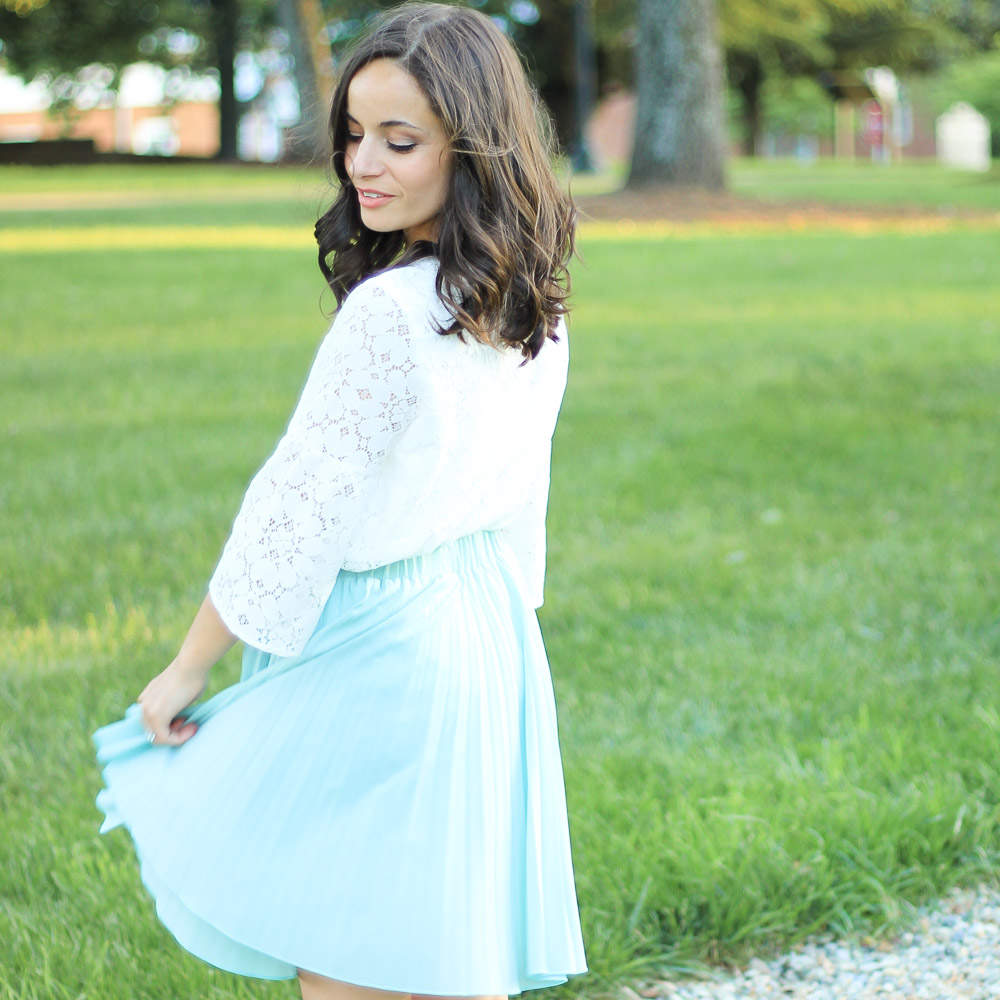 Lace Bell Sleeve Top & Oh, Hey Girl! Link-Up!