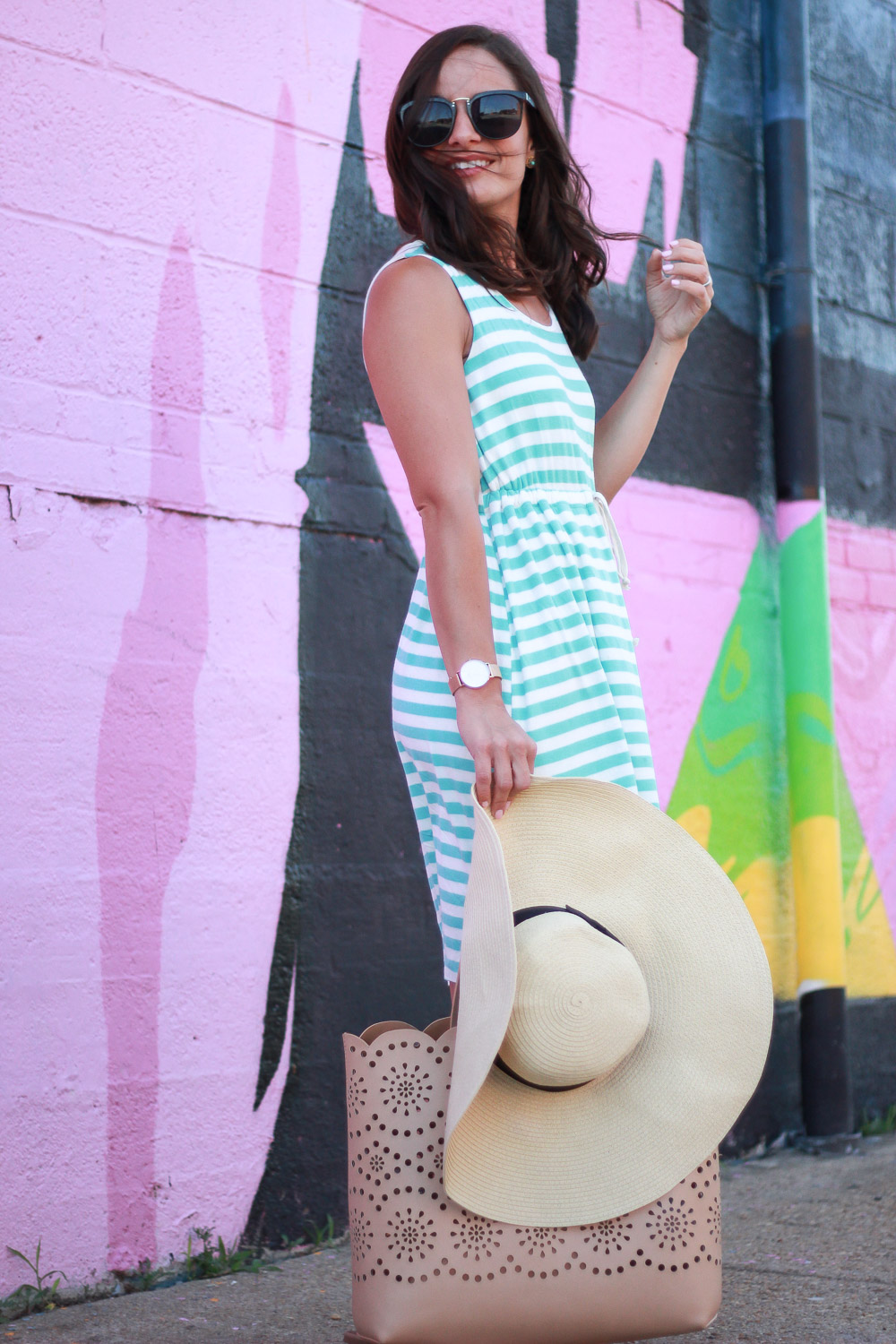 Trendy Styles For Moms, Striped Dress Outfit