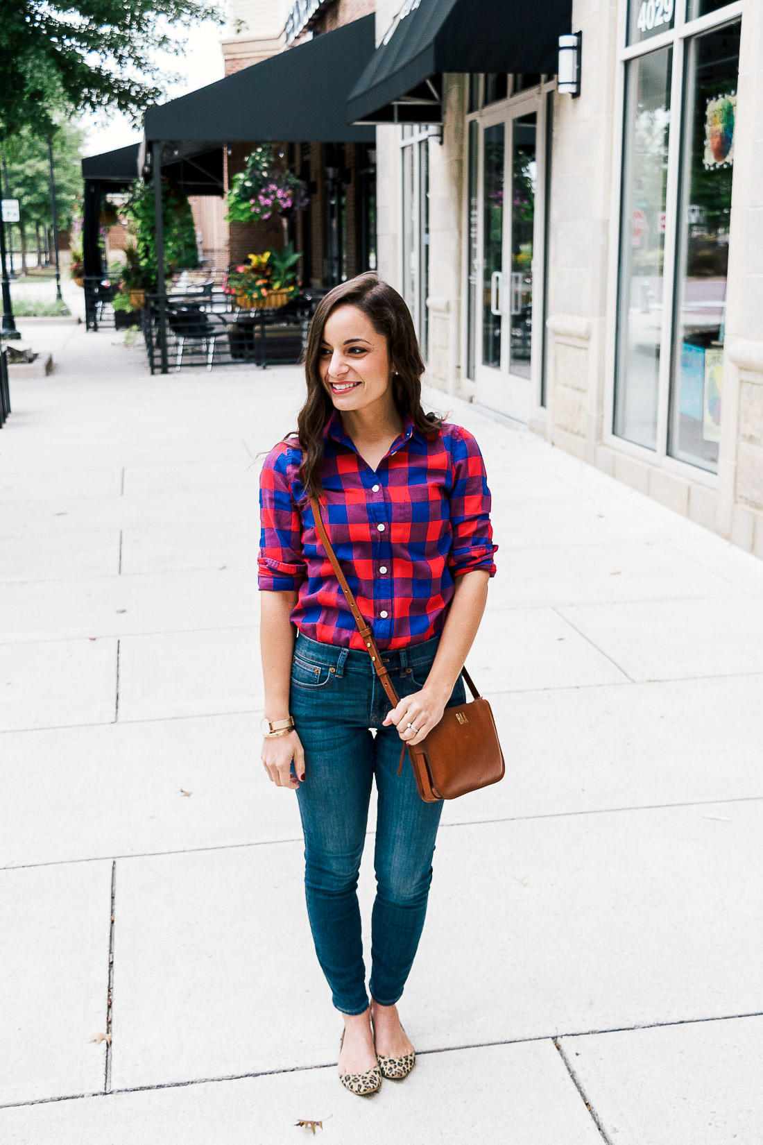 The best petite jeans from J. Crew Factory on petite style blogger Brooke of Pumps and Push-Ups