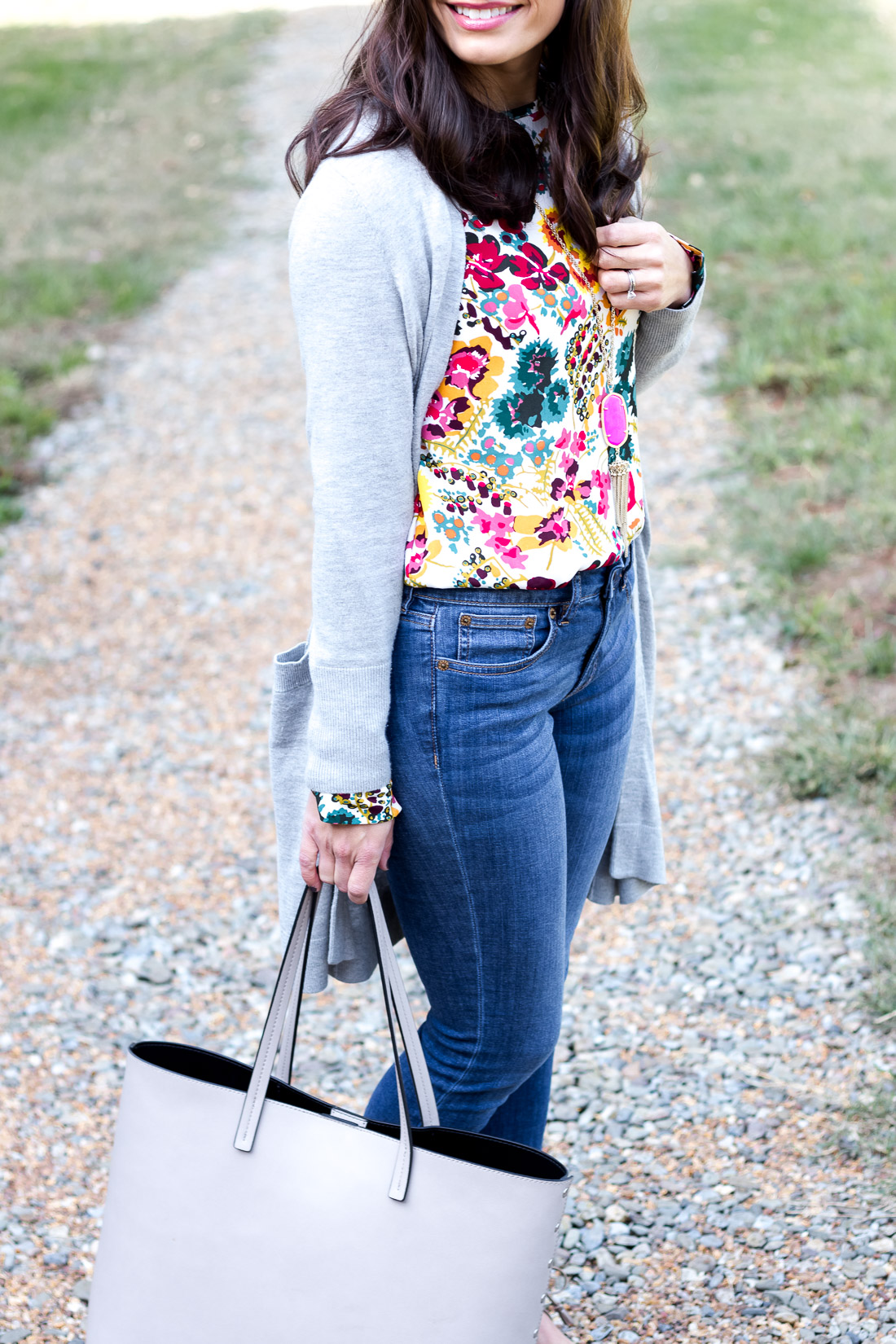What Makes You Feel Confident - Casual Style Outfit