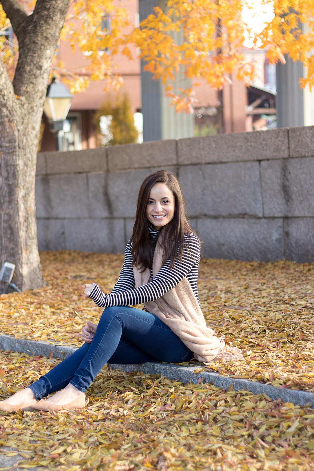 Brooke of Pumps & Push-Ups, petite style blogger