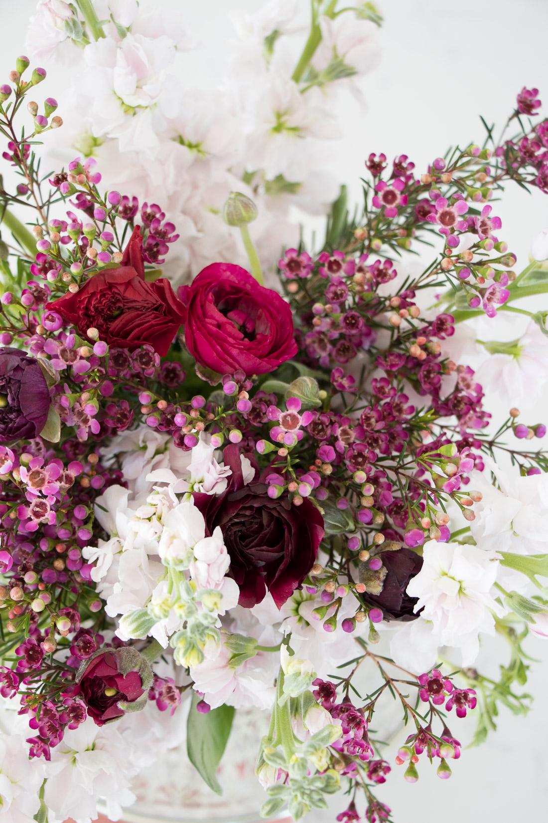 How I Arrange Fresh Cut Flowers And Keep Them Alive Longer Pumps Push Ups