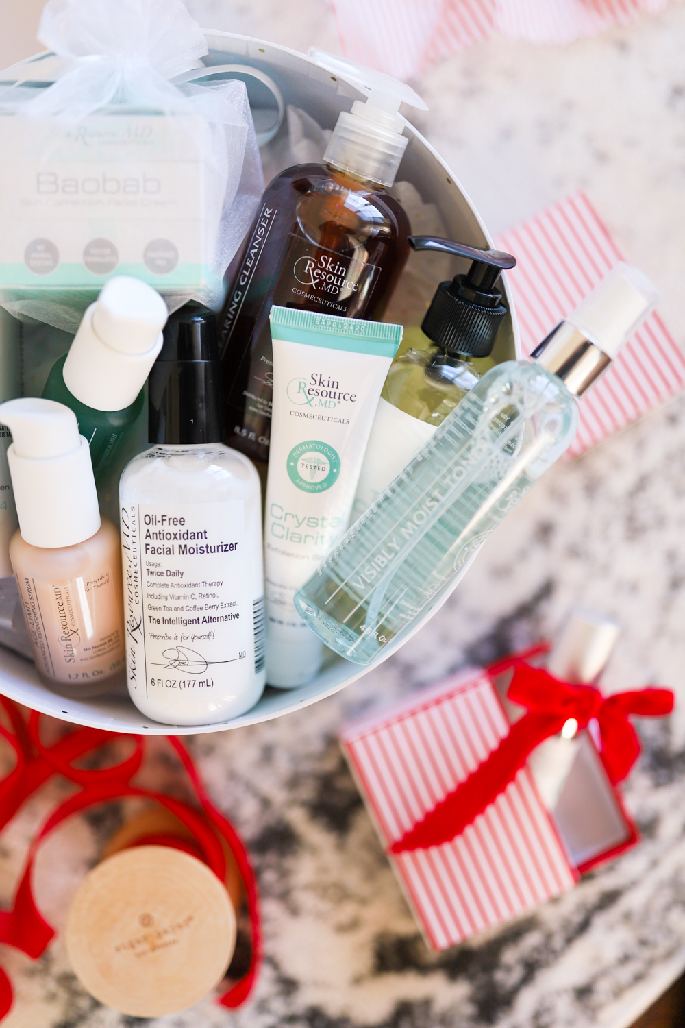 Skin Resource MD Skincare kits for holiday gifts via pumps and push-ups blog | Skincare kits | holiday gift ideas