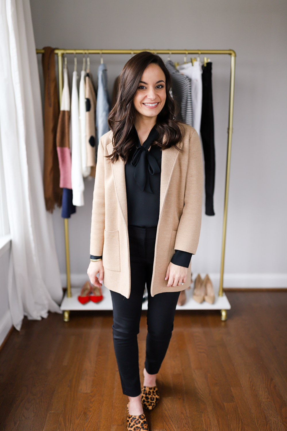 Four outfits to wear to work this winter via pumps and push-ups blog | winter work outfits | neutral work outfits
